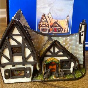 Disney Seven Dwarves Cottage- Lighted Village